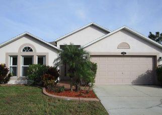 Foreclosed Home en SPRING CREEK CIR NE, Palm Bay, FL - 32905
