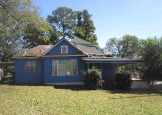 Foreclosed Home in CEDAR AVE SW, Birmingham, AL - 35221