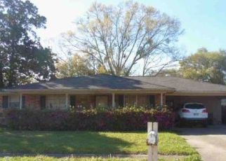 Foreclosed Home in SUNSET DR, Slidell, LA - 70460