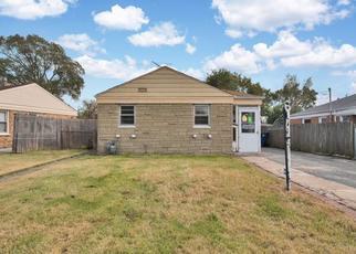 Foreclosed Home en REUTER ST, Franklin Park, IL - 60131
