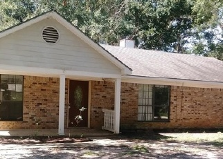 Foreclosed Home in PINEVIEW AVE, Theodore, AL - 36582