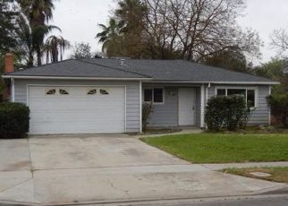 Foreclosed Home in N HUGHES AVE, Fresno, CA - 93705