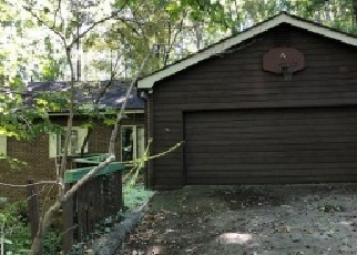 Foreclosed Home en TIMBER LAKE RD NW, Kennesaw, GA - 30144