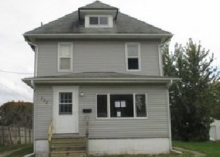 Foreclosed Home in LINCOLN ST, Galesburg, IL - 61401