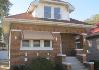 Foreclosed Home en S 22ND AVE, Maywood, IL - 60153