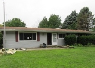 Foreclosed Home in E BRADLEY AVE, Momence, IL - 60954