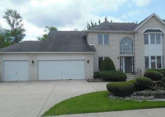 Foreclosed Home en RIVER RD, Hazel Crest, IL - 60429