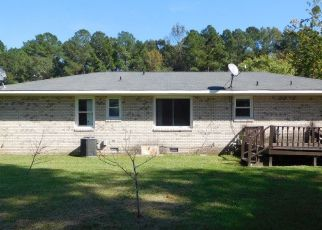 Foreclosed Home in RAILFENCE DR, Kinston, NC - 28504