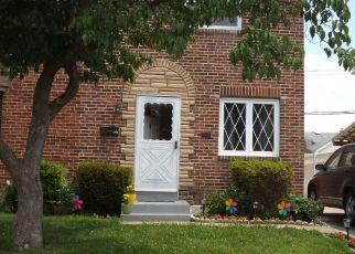 Foreclosed Home en E GARRISON RD, Brookhaven, PA - 19015