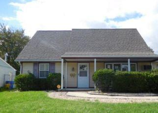 Foreclosed Home in HANCOCK LN, Willingboro, NJ - 08046