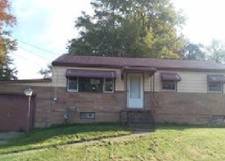 Foreclosed Home in VAUGHN AVE NE, Alliance, OH - 44601