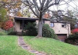Foreclosed Home en GROVE RD, Pittsburgh, PA - 15236