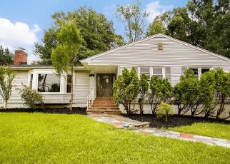 Foreclosed Home in WYCHWOOD RD, Livingston, NJ - 07039