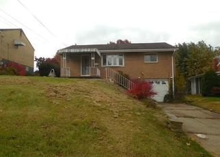 Foreclosed Home en BLOSSOM DR, Pittsburgh, PA - 15236