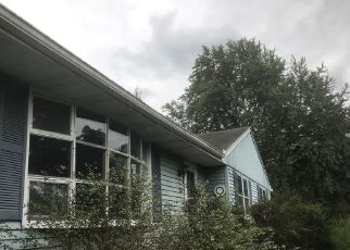 Foreclosed Home in WHEELER HILL DR, Durham, CT - 06422