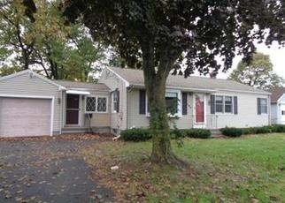 Foreclosed Home in OAKWOOD ST, Chicopee, MA - 01020