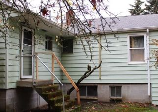 Foreclosed Home en 4TH AVE S, Seattle, WA - 98148