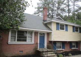 Foreclosed Home en N PARHAM RD, Richmond, VA - 23229