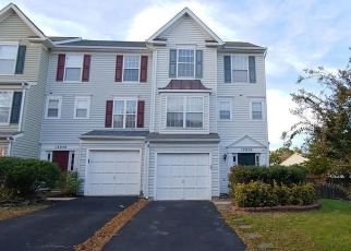 Foreclosed Home en COUNTRY MILL DR, Bristow, VA - 20136