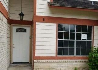 Foreclosure Home in Houston, TX, 77083,  LA ENTRADA DR ID: F4316594