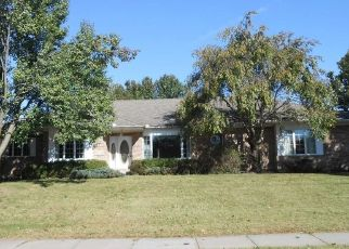 Foreclosed Home in WICKLOW DR, Middletown, OH - 45042