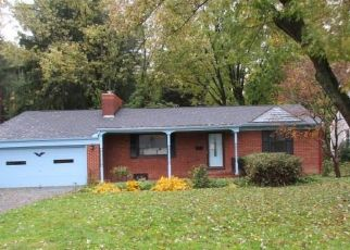 Foreclosed Home en 27TH ST NW, Canton, OH - 44708