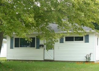 Foreclosed Home en WILLOWBROOK DR, Mentor, OH - 44060