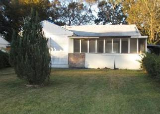 Foreclosed Home in WINBOURNE AVE, Baton Rouge, LA - 70805