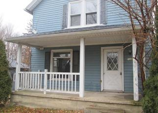 Foreclosed Home in S PRAIRIE ST, Rolling Prairie, IN - 46371