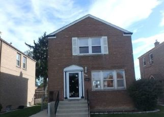 Foreclosed Home en S PEORIA ST, Chicago, IL - 60620