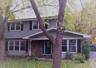 Foreclosed Home en W 109TH PL, Worth, IL - 60482