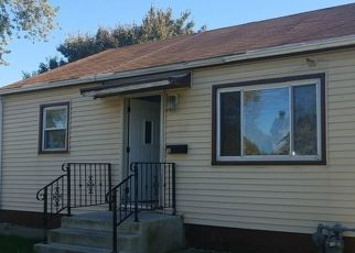Foreclosed Home en HANKES AVE, Aurora, IL - 60505