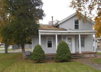 Foreclosed Home in N MONROE ST, Gardner, IL - 60424