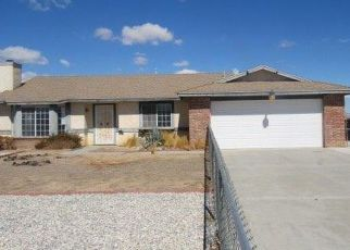 Foreclosed Home en OTOWI RD, Apple Valley, CA - 92308