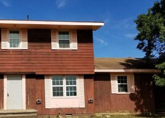 Foreclosed Home in ADA VALLEY RD, Adona, AR - 72001