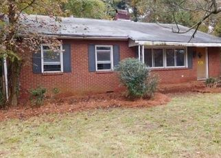 Foreclosed Home in GARRINGER PL, Charlotte, NC - 28208