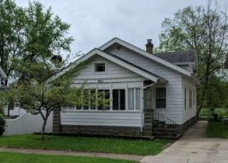 Foreclosed Home in 5TH AVE, Rockford, IL - 61104