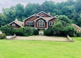 Foreclosed Home in LOUNSBERY RD, Mount Kisco, NY - 10549