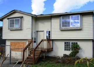 Foreclosed Home en E GEORGE ST, Tacoma, WA - 98404