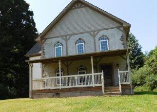 Foreclosed Home en FALL HILL RD, Abingdon, VA - 24210