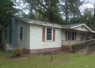 Foreclosed Home en RICHBURG DR, Manning, SC - 29102