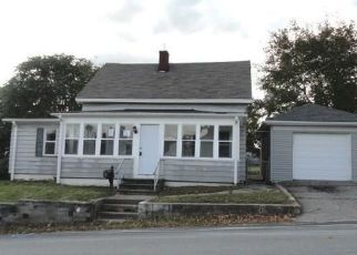 Foreclosed Homes in West Warwick, RI, 02893, ID: F4317953
