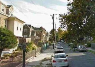 Foreclosed Home en N PARK AVE, Philadelphia, PA - 19126