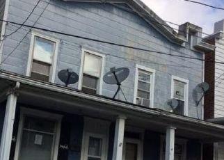 Foreclosed Home en E HOWARD AVE, Coaldale, PA - 18218