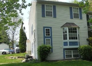 Foreclosed Home en RETRIEVER DR, Hampstead, MD - 21074