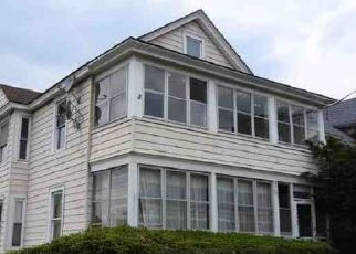 Foreclosed Home in HILLSDALE AVE, Syracuse, NY - 13206