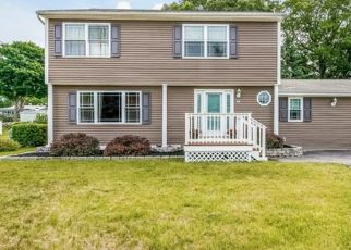 Foreclosed Home in SUNSET DR, Derby, CT - 06418