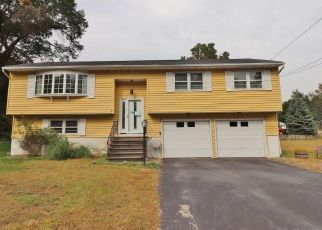 Foreclosed Home in SCOTT DR, Prospect, CT - 06712