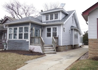 Foreclosed Home en N 64TH ST, Milwaukee, WI - 53213