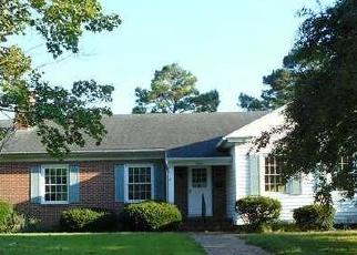 Foreclosed Home in E MARKET ST, Snow Hill, MD - 21863